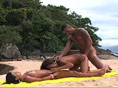 Heiße Schlampen am Strand